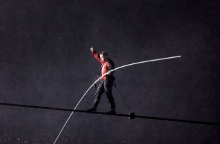 World-famous tightrope walker Nik Wallenda, who made headlines earlier this summer by walking across Niagara Falls on a two-inch high wire, will bring his thrilling aerial show to Charlotte Motor Speedway during the Bank of America 500 pre-race show. (CMS/DSW Entertainment Photo)